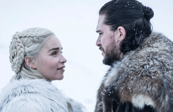 Emilia Clarke and Kit Harington on Game of Thrones