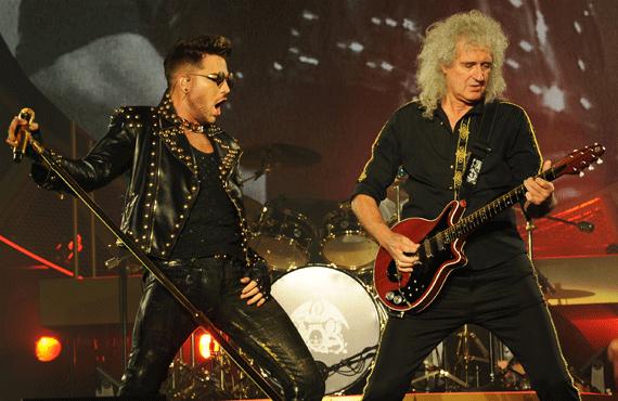 Adam Lambert performs with Queen (ABC)