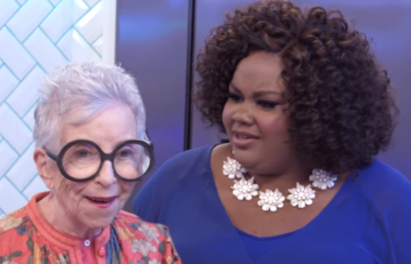 Sylvia Weinstock and Nicole Byer in Nailed It! (Netflix)