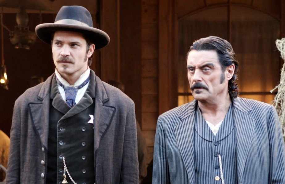 Timothy Olyphant and Ian McShane in Deadwood (HBO)