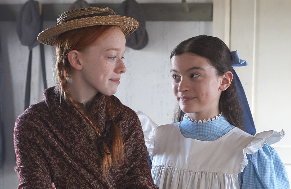 Amybeth McNulty and Dalila Bela in Anne with an E (Netflix/CBC)