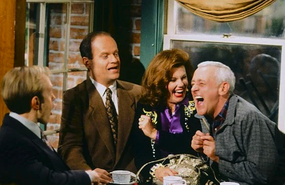 "David Hyde Pierce, Kelsey Grammar, Marsha Mason, and John Mahoney in ""Dad Loves Sherry, the Boys Just Whine"" (Photo: NBC)"