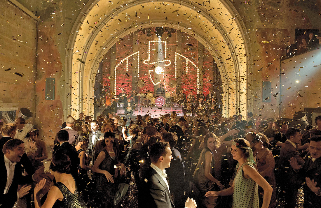 Revelers savor the Weimer Republic's cultural transformation in <i>Babylon Berlin</i> (Photo: Netflix)