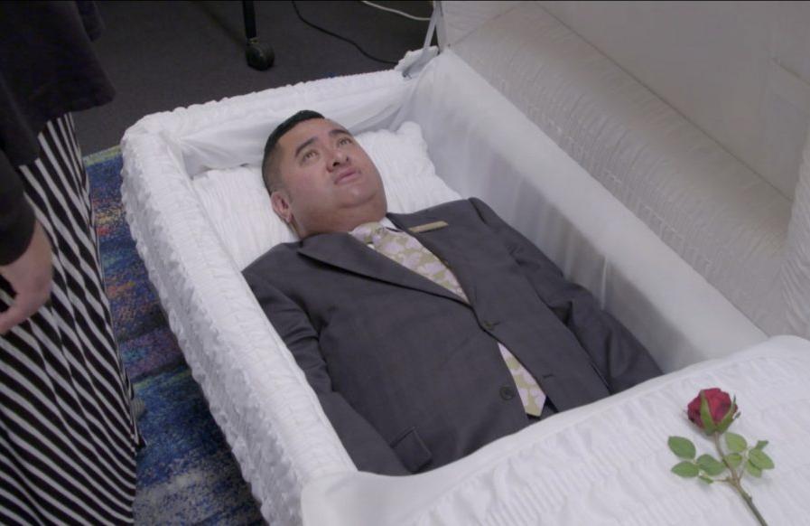 The fastidious proprietor puts a casket to the test. (Netflix)