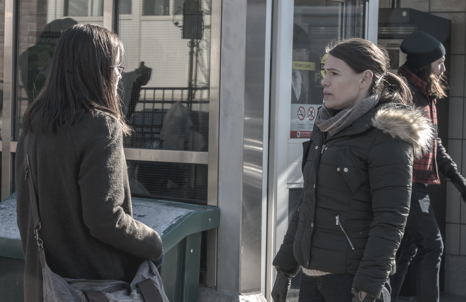 Emily (Alexis Bledel) reunites with her wife Sylvia (Clea Duvall) in Canada. (Hulu)