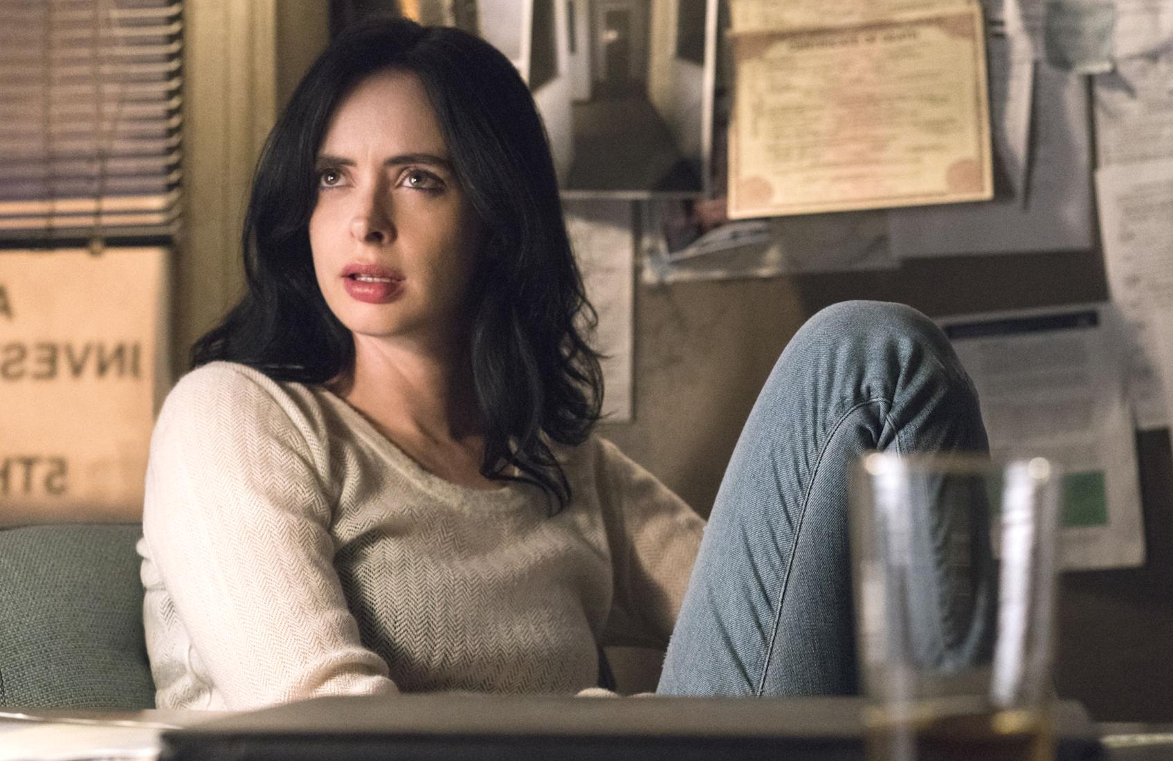 Krysten Ritter stars in Jessica Jones (Netflix)