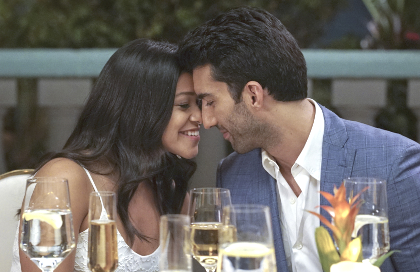 Gina Rodriguez and Justin Baldoni in an image from tonight's Jane the Virgin series finale.  (Photo: Kevin Estrada/The CW)