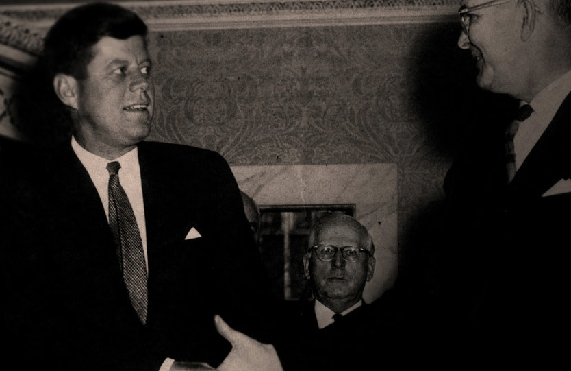 The Family's Abraham Vereide with John F. Kennedy in The Family (Netlfix)