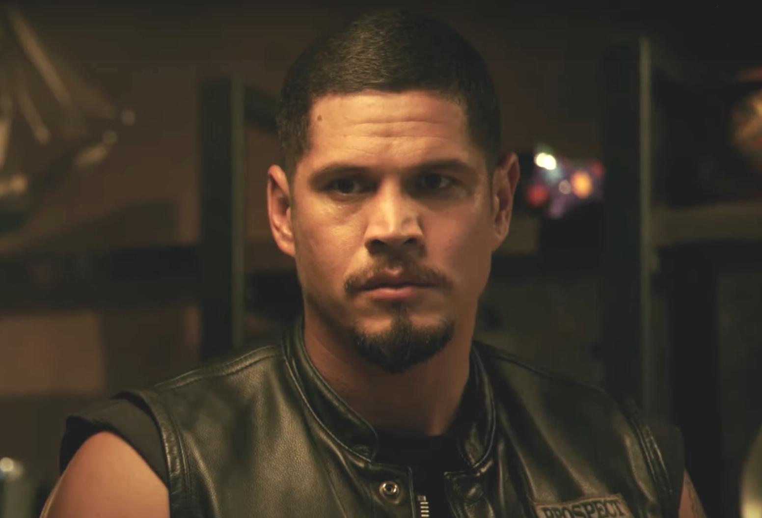 JD Pardo returns as Ezekiel 'EZ' Reyes in Mayans M.C., making its Season 2 debut tonight. (FX)