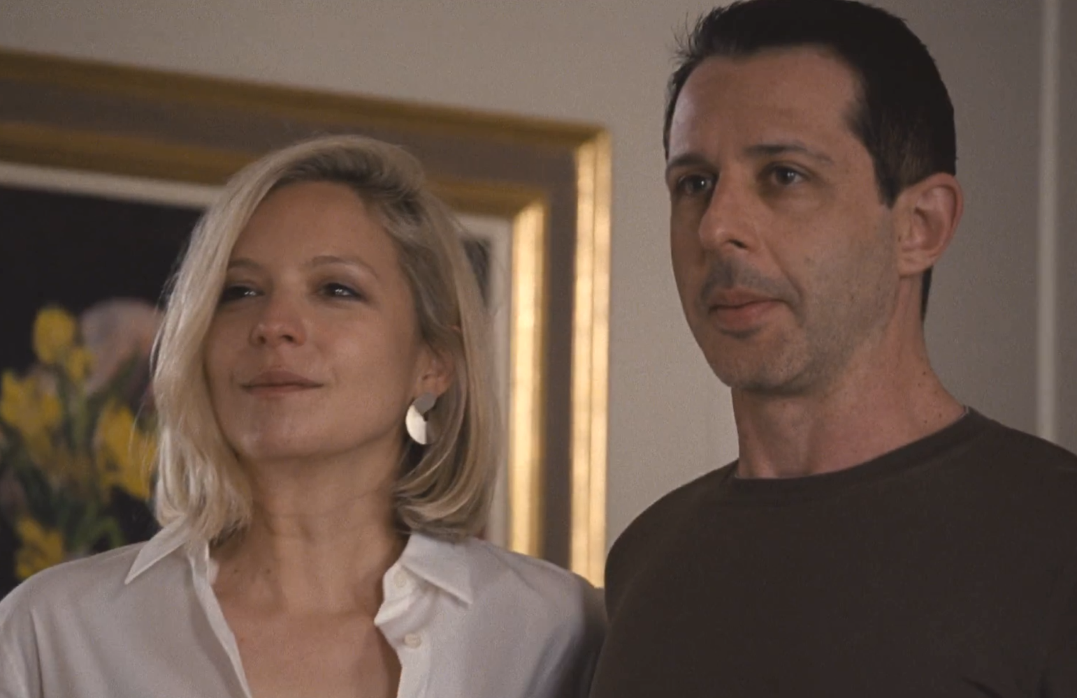 Annabelle Dexter-Jones as Naomi Pierce and Jeremy Strong as Kendall Roy in Succession (Photo: HBO)