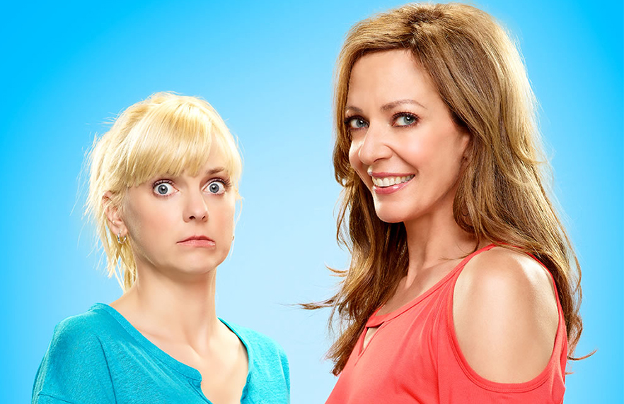 Anna Faris and Allison Janney in a promotional image for Mom (CBS)