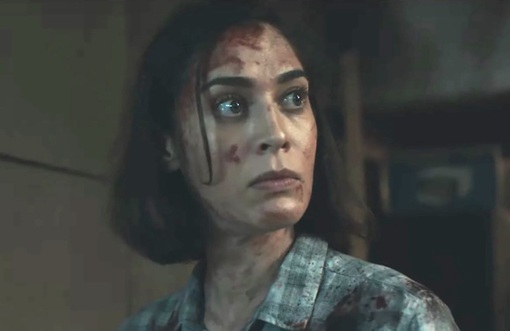 Lizzy Caplan in Castle Rock (Hulu)