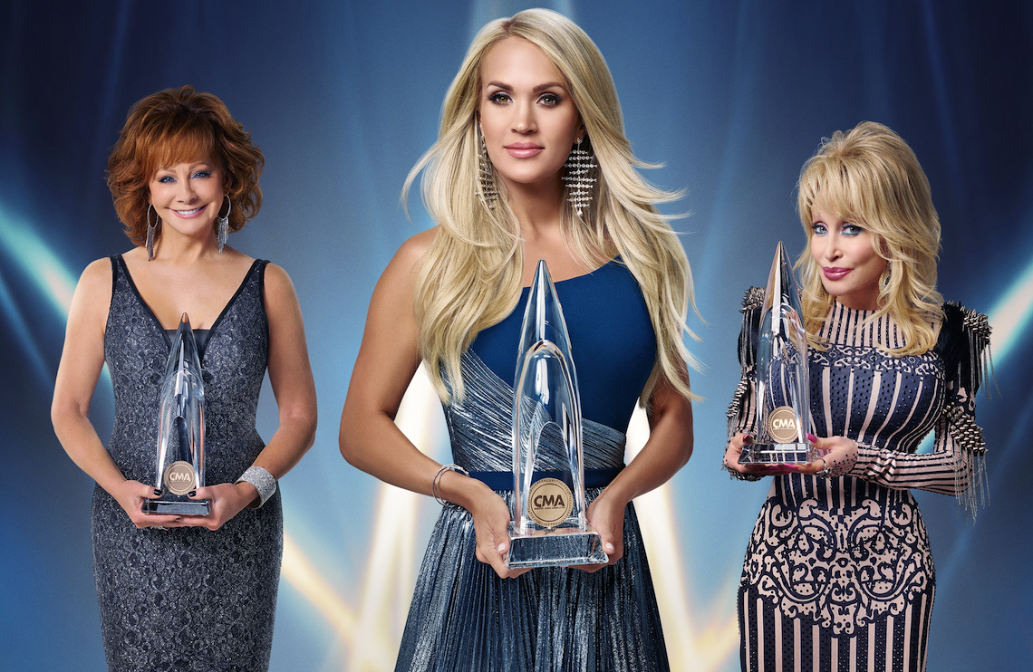 Reba McEntire, Carrie Underwood, and Dolly Parton host tonight's  53rd Annual CMA Awards (ABC)