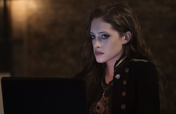 Carly Chaikin  in Mr. Robot (USA)