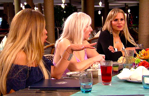Dolores Catania, Margaret Josephs, and Jackie Goldschneider in RHONJ (Bravo)