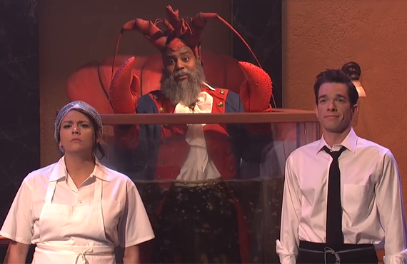 Cecily Strong, Kenan Thompson and John Mulaney in SNL's 2018 Diner Lobster sketch. (Photo: NBC)