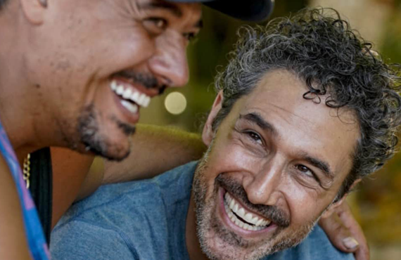 Rob Mariano and Ethan Zohn in Survivor (CBS)