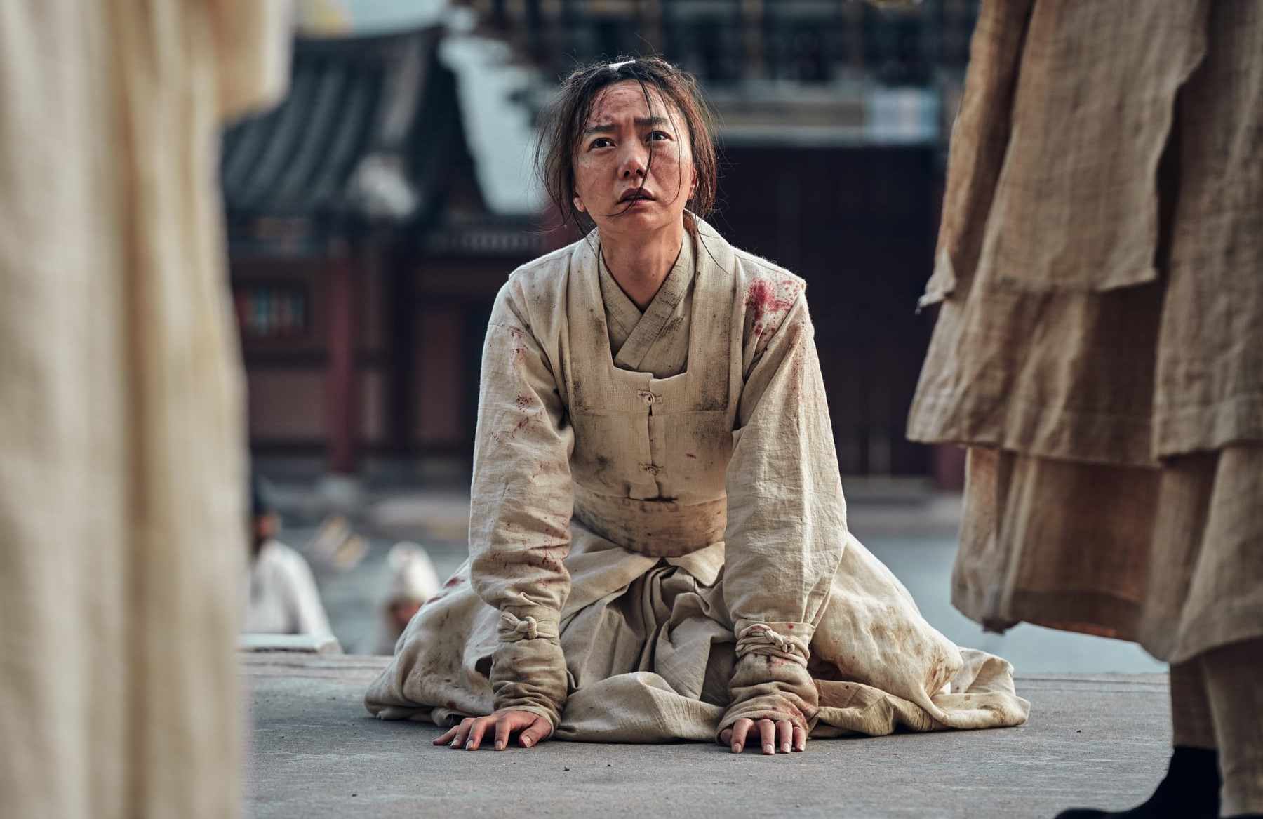 Doona Bae in the South Korean zombie drama Kingdom (Netflix).