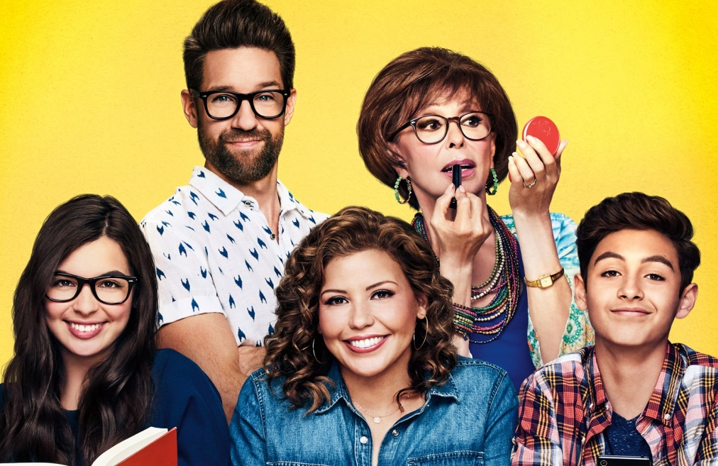 Isabella Gomez, Todd Grinnell, Justina Machado, Rita Moreno and Marcel Ruiz in One Day at a Time.