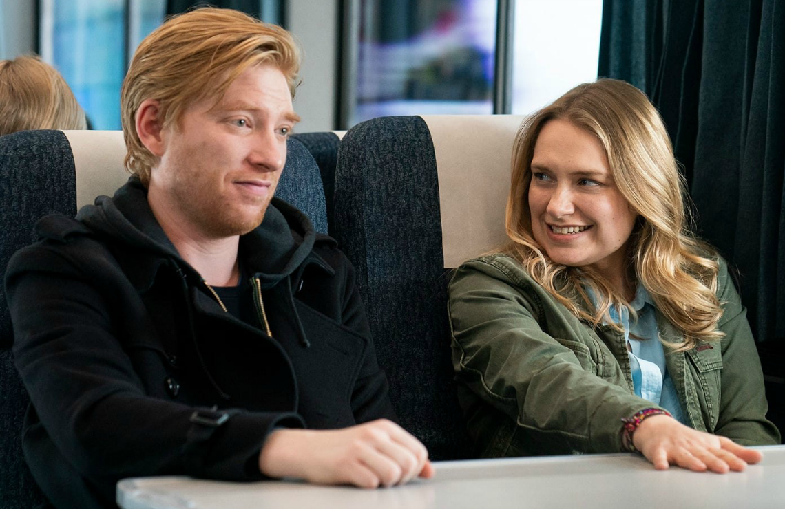 Domhnall Gleeson and Merritt Wever in Run. (Photo: HBO)