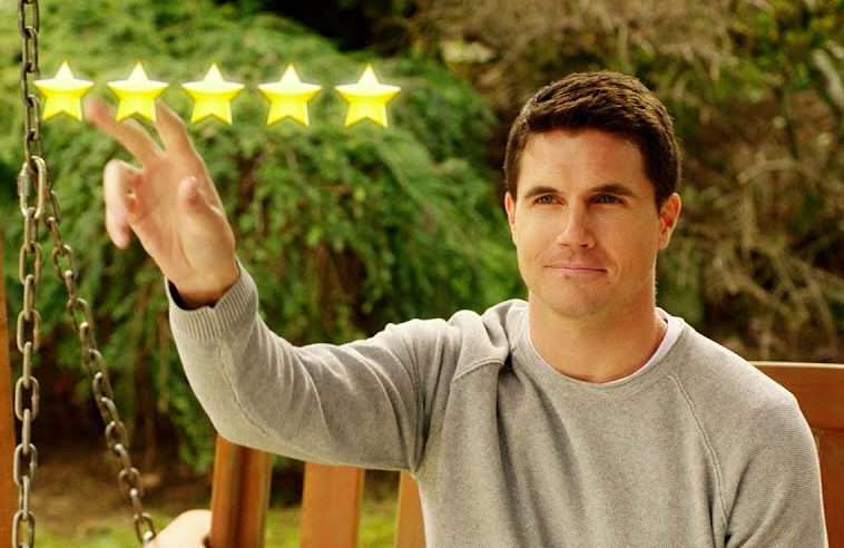 Robbie Amell stars in Upload. (Amazon)