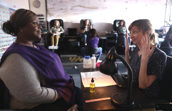 Retta and Lauren Lapkus in Sunday night's Good Girls. (Photo by: Jordin Althaus/NBC)