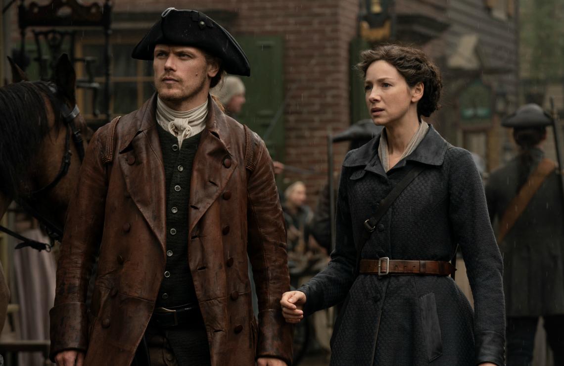 Sam Heughan and Caitriona Balfe in Outlander. (Photo: Starz)