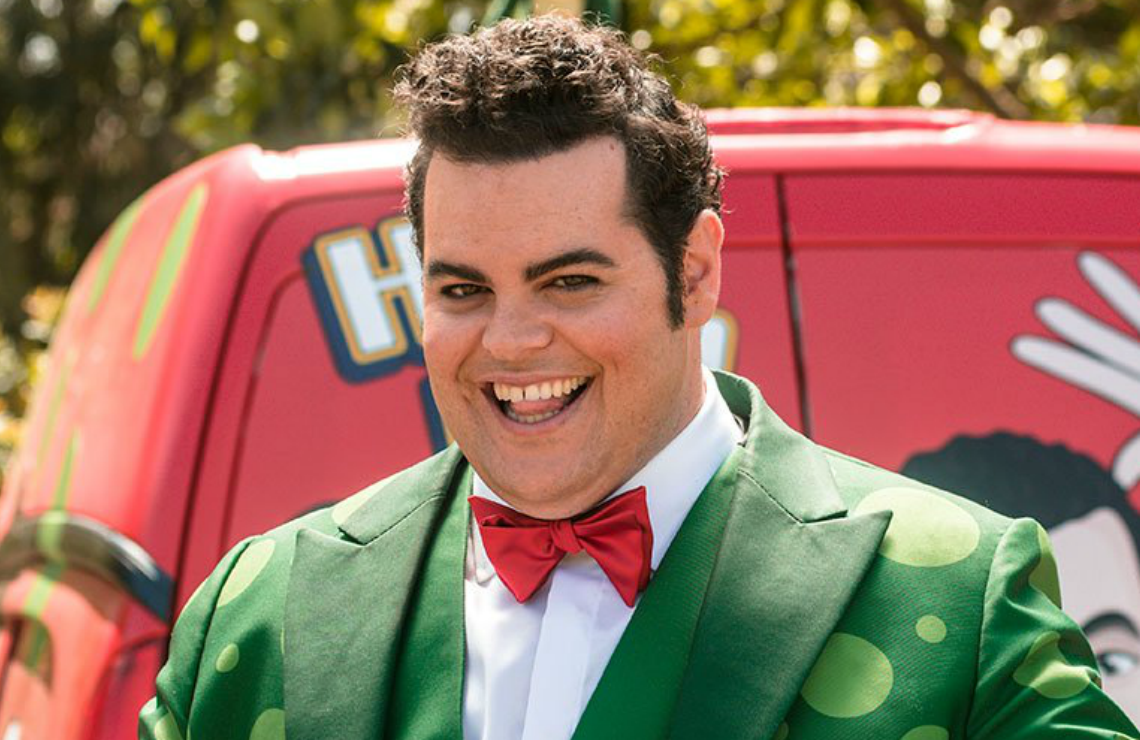 Josh Gad in Little Monsters. (Hulu)