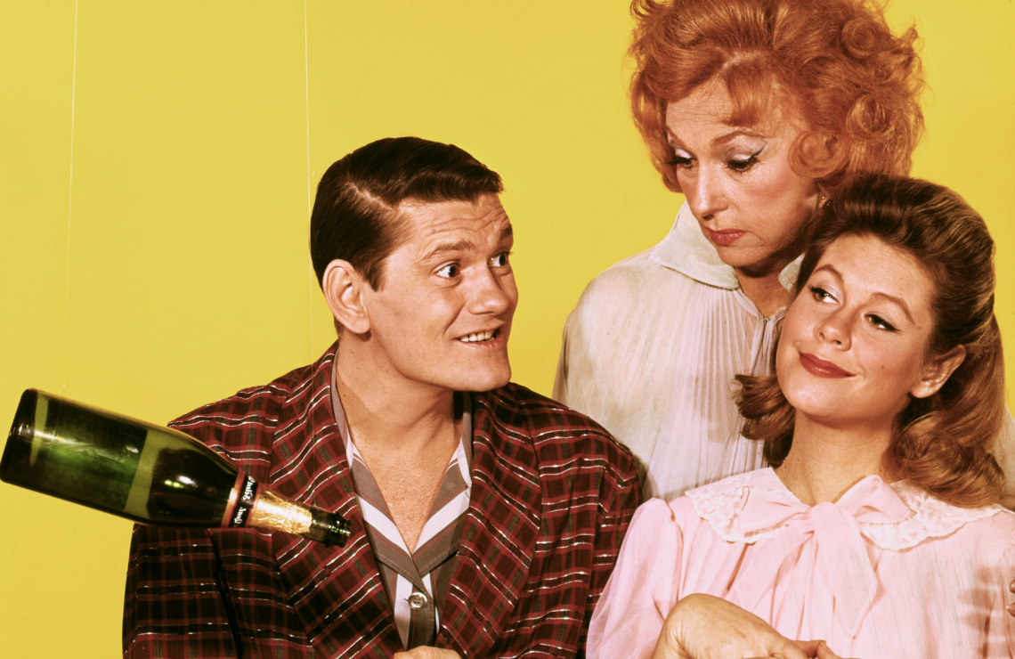 Dick York, Agnes Moorehead, and Elizabeth Montgomery in Bewitched. (ABC)