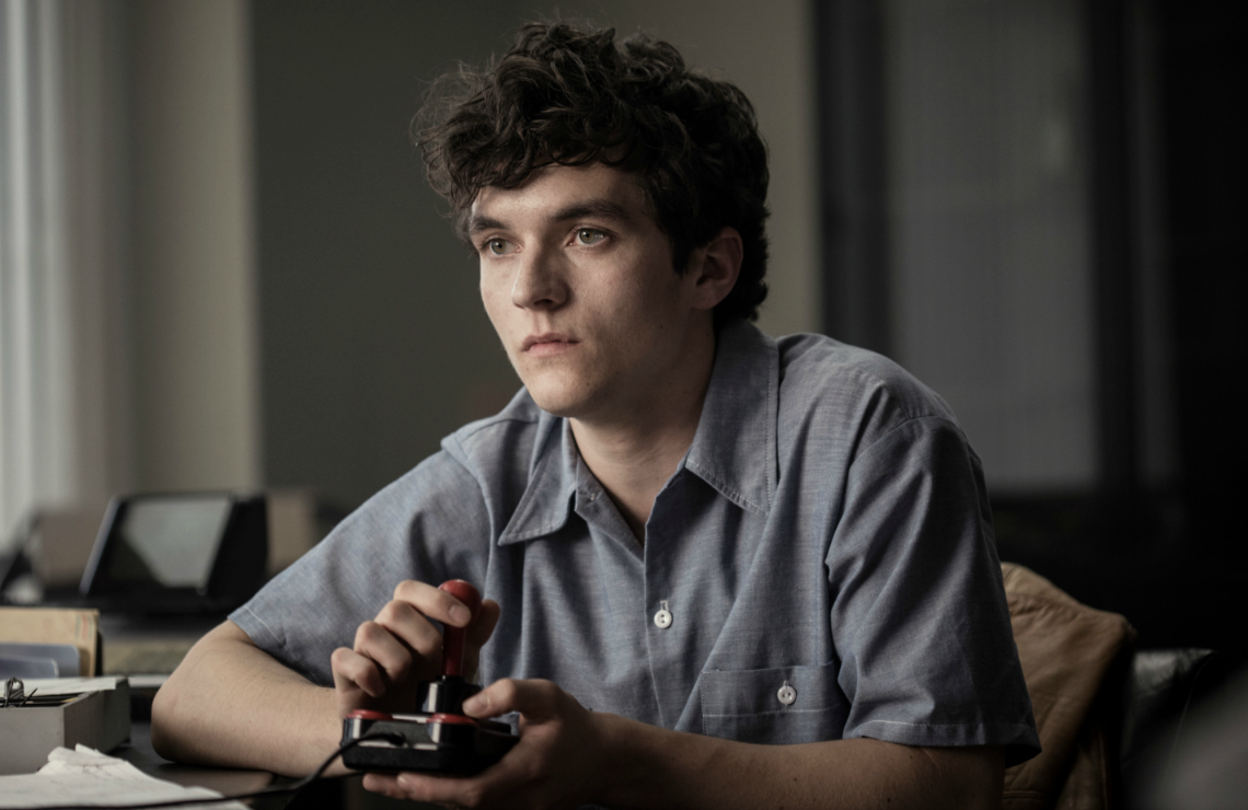 Fionn Whitehead in Black Mirror: Bandersnatch. (Netflix)