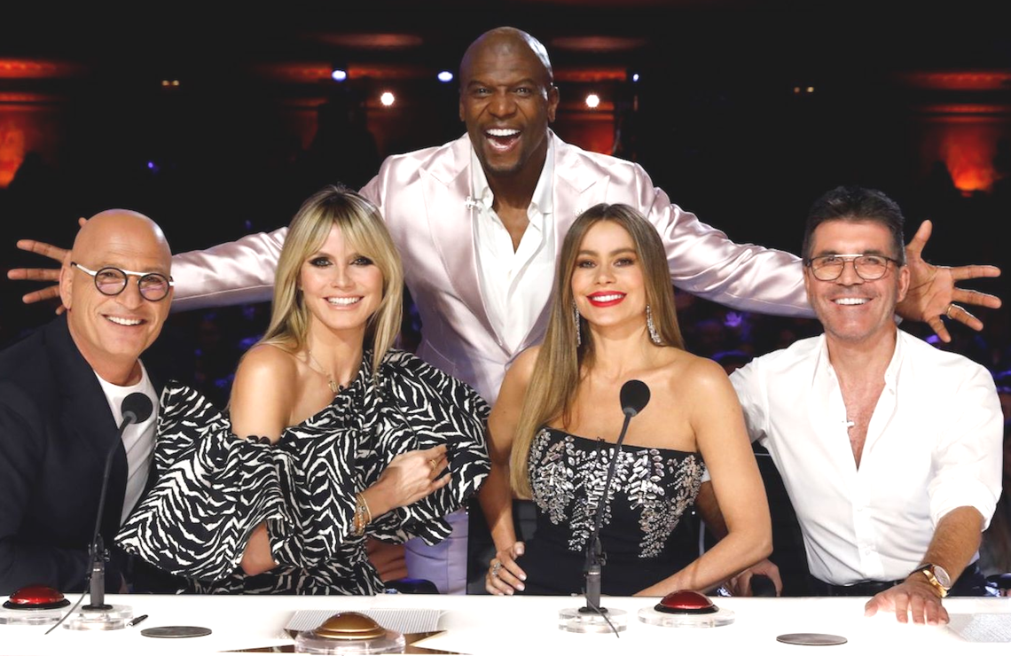 Howie Mandel, Heidi Klum, Terry Crews, Sofia Vergara, and Simon Cowell on America's Got Talent. (NBC)