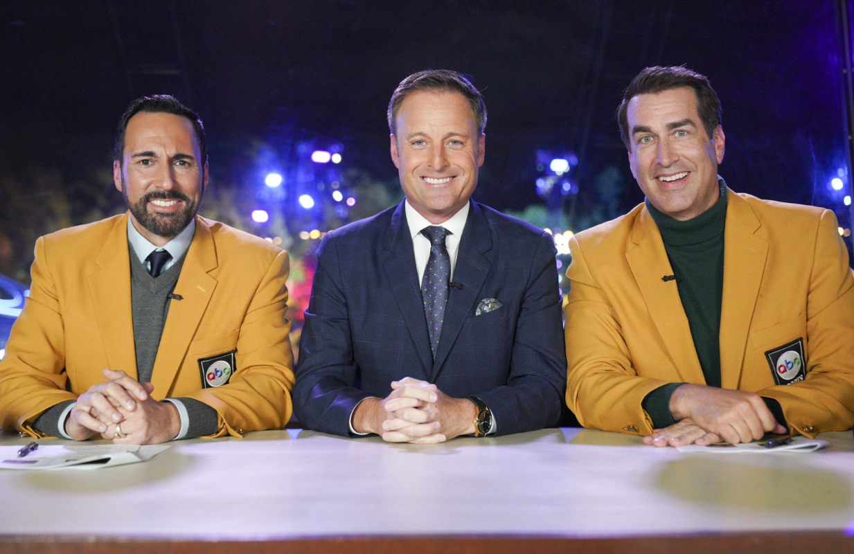 Joe Tessitore, Chris Harrison and Rob Riggle in tonight's Holey Moley.  (Photo: ABC/Christopher Willard)