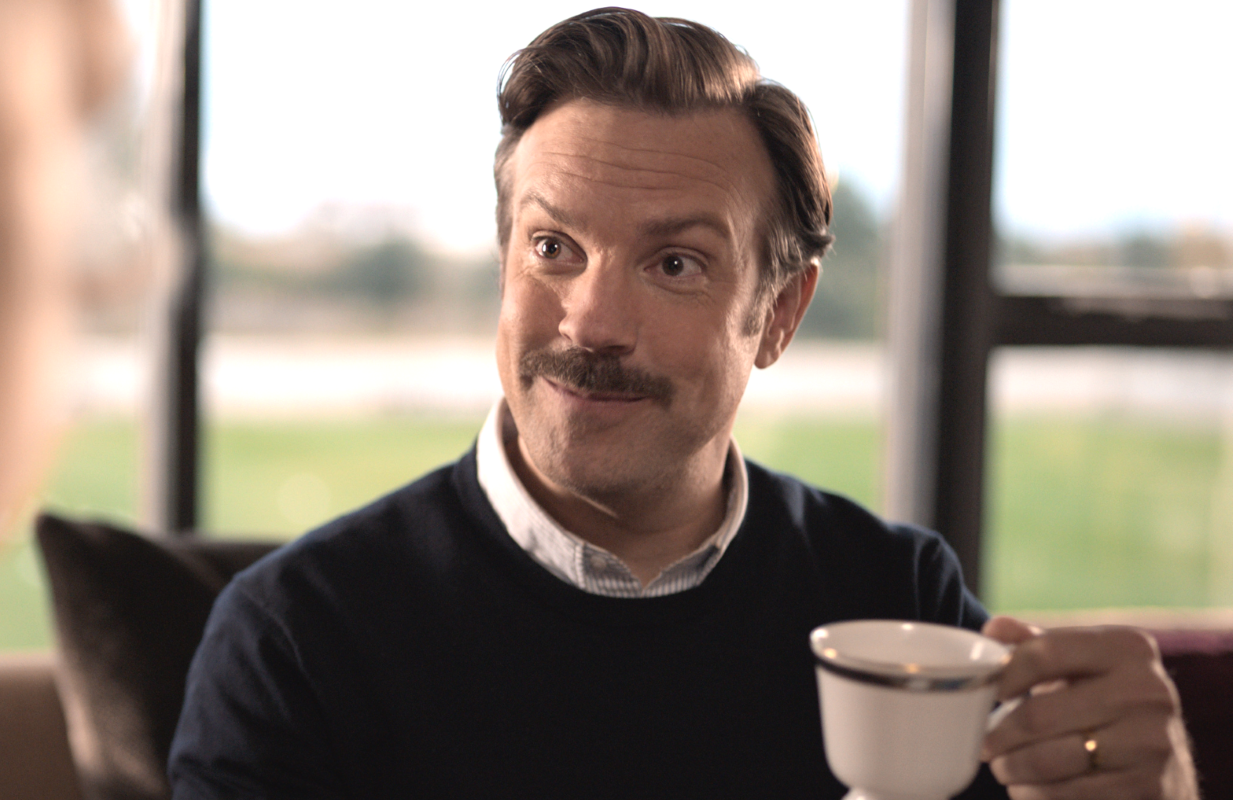 Who doesn't enjoy a spot of tea in jolly old England? Fish out of water Ted Lasso (Jason Sudeikis), that's who. (Photo: Apple TV+)