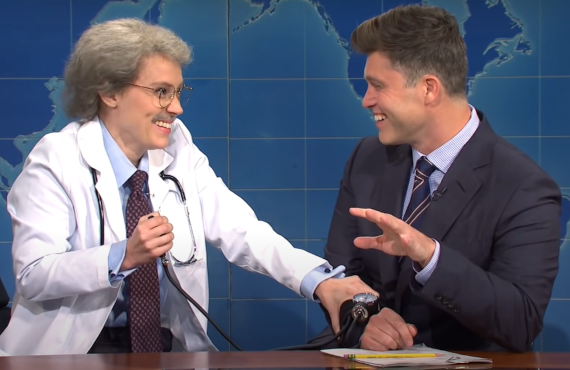 Kate McKinnon and Colin Jost on Saturday Night Live. (NBC)