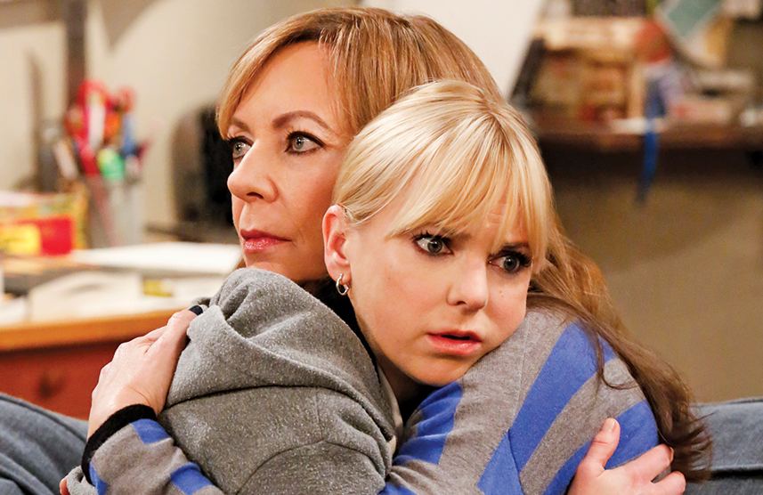 Allison Janney and Anna Faris in Mom. (Robert Voets/CBS)