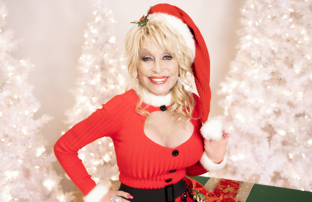Dolly Parton in a promotional image for Holly Dolly Christmas. (CBS)