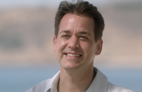 T.R. Knight on Grey's Anatomy (ABC)