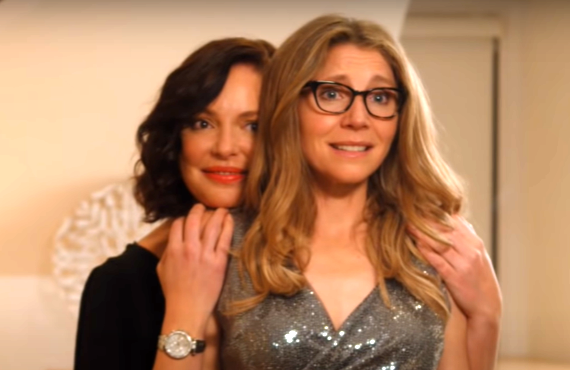 Katherine Heigl and Sarah Chalke in Firefly Lane (Netflix)