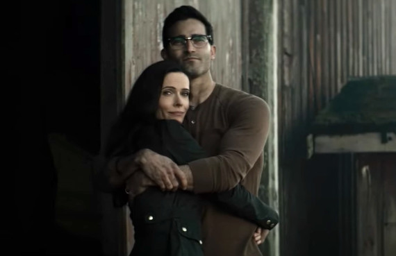 Tyler Hoechlin and Elizabeth Tulloch in Superman & Lois (CW)