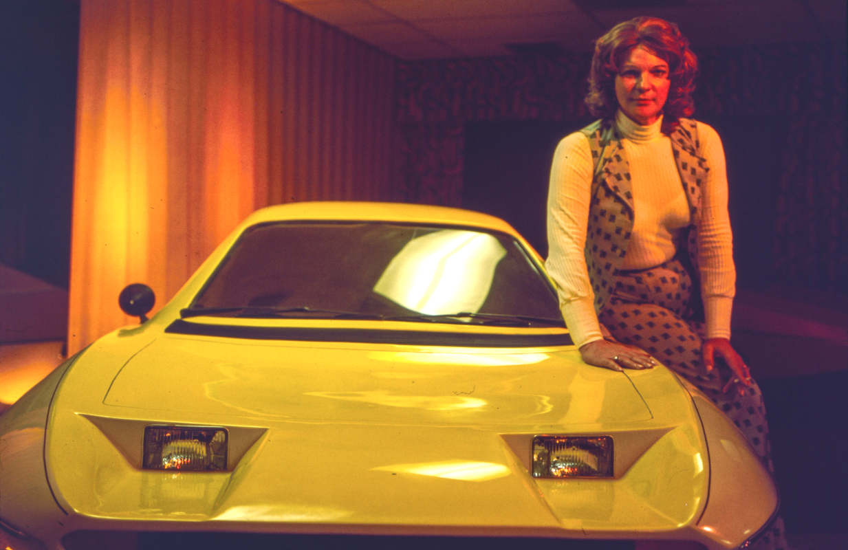 Elizabeth Carmichael poses with a prototype of The Dale. (Photo: HBO)