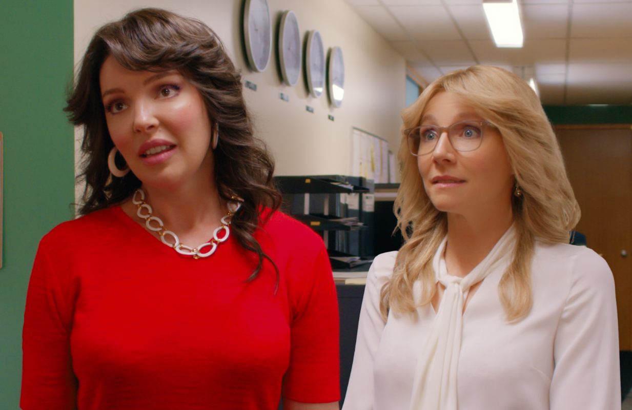Neither Cagney nor Lacey: Firefly Lane stars Katherine Heigl and Sarah Chalke in full eighties regalia. (Netflix)