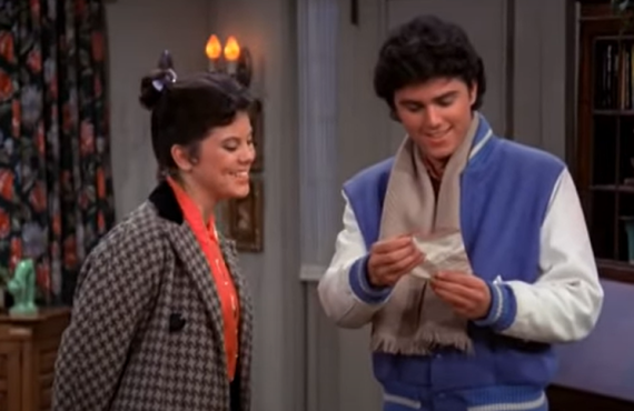 Erin Moran and Christopher Knight on Happy Days