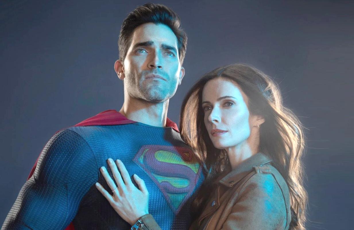 Tyler Hoechlin and Elizabeth Tulloch in Superman & Lois