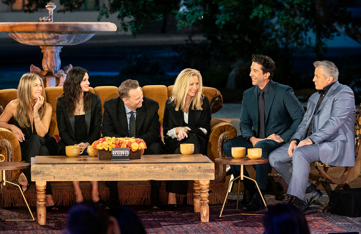 Jennifer Aniston, Courteney Cox, Matthew Perry, Lisa Kudrow, David Schwimmer, and Matt LeBlanc reunite in the long-awaited Friends reunion. (Photo: HBO Max)