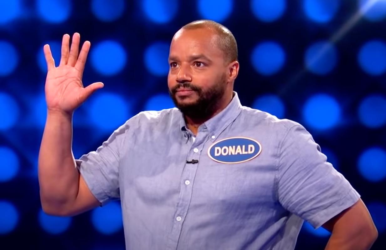 Donald Faison bombed on Celebrity Family Feud's Scrubs reunion. (Photo: ABC)