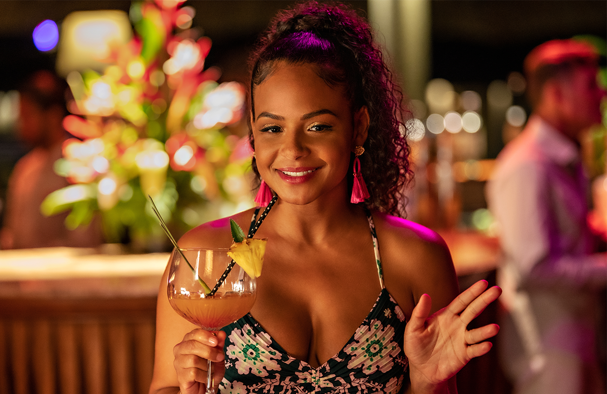 Poor Christina Milian tries her best to resuscitate this listless rom-com, but it's just not enough. (Photo: Netflix)