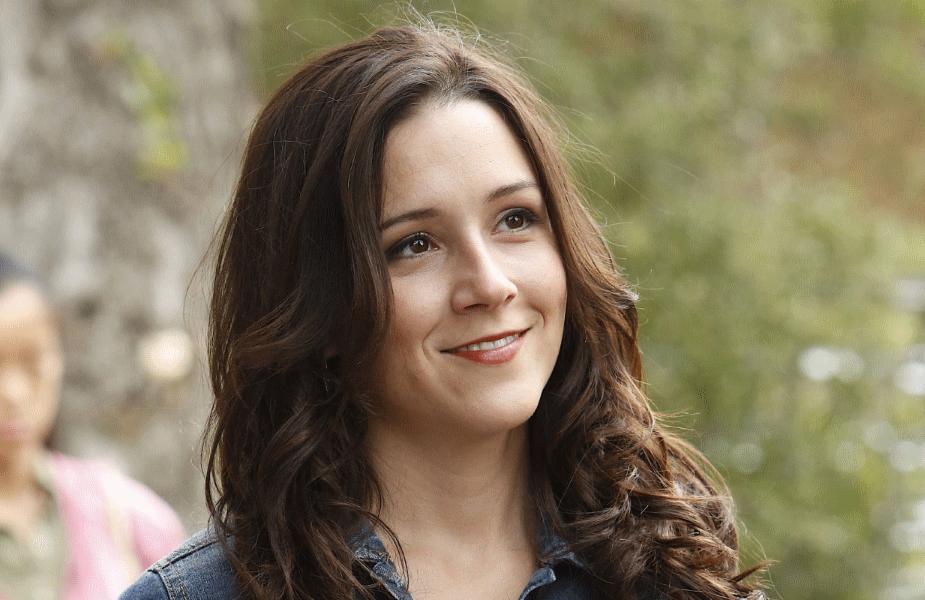 Shannon Woodward