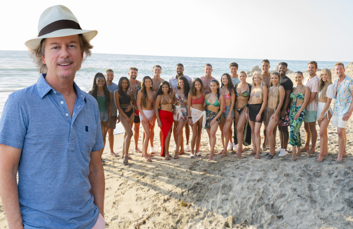 David Spade is the first in a series of celebrity guest hosts this season on Bachelor in Paradise. (Photo: ABC)