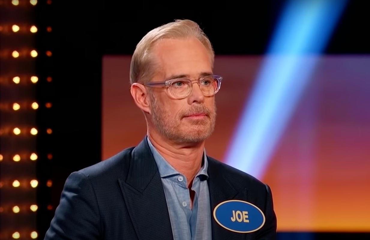 Joe Buck on Celebrity Family Feud (Photo: ABC)