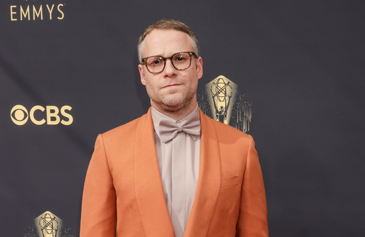 Seth Rogen on the 2021 Emmy Awards red carpet (Photo: CBS)
